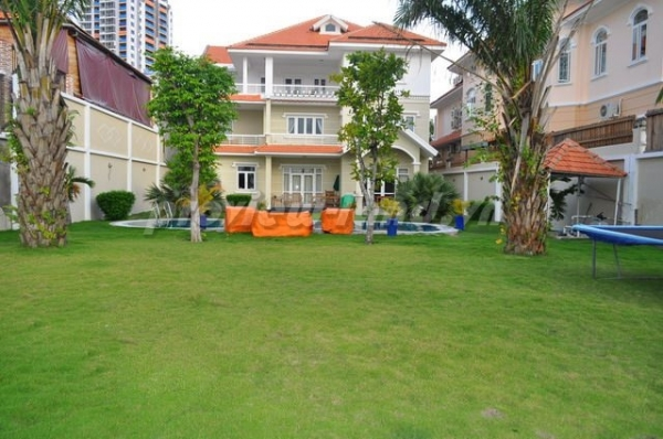 villa for sale in Thao Dien, district 2, riverside, acreage 22x60m