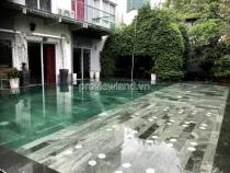 Bán gấp Villa Riviera 900m2 4PN 2 tầng hồ bơi sân vườn