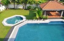 Cho thuê biệt thự quận 2 hồ bơi riêng kết hợp sân vườn rất đẹp