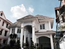 Villa for sale in Thao Dien on Nguyen Van Huong Str 815 sqm 2 floor 4 bedrooms