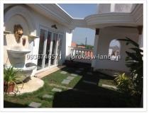 Villa for rent in Thao Dien 10x16m villa Thien Tue district 2