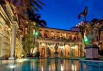 Villa for sale on Han Thuyen Street District 1 area of 420m2
