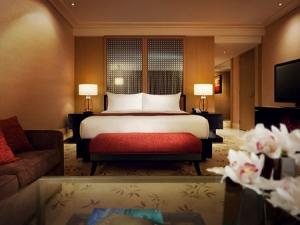 Mua khách sạn quận 1 MT Hai Bà Trưng 7x25m- 1ham - 9lau